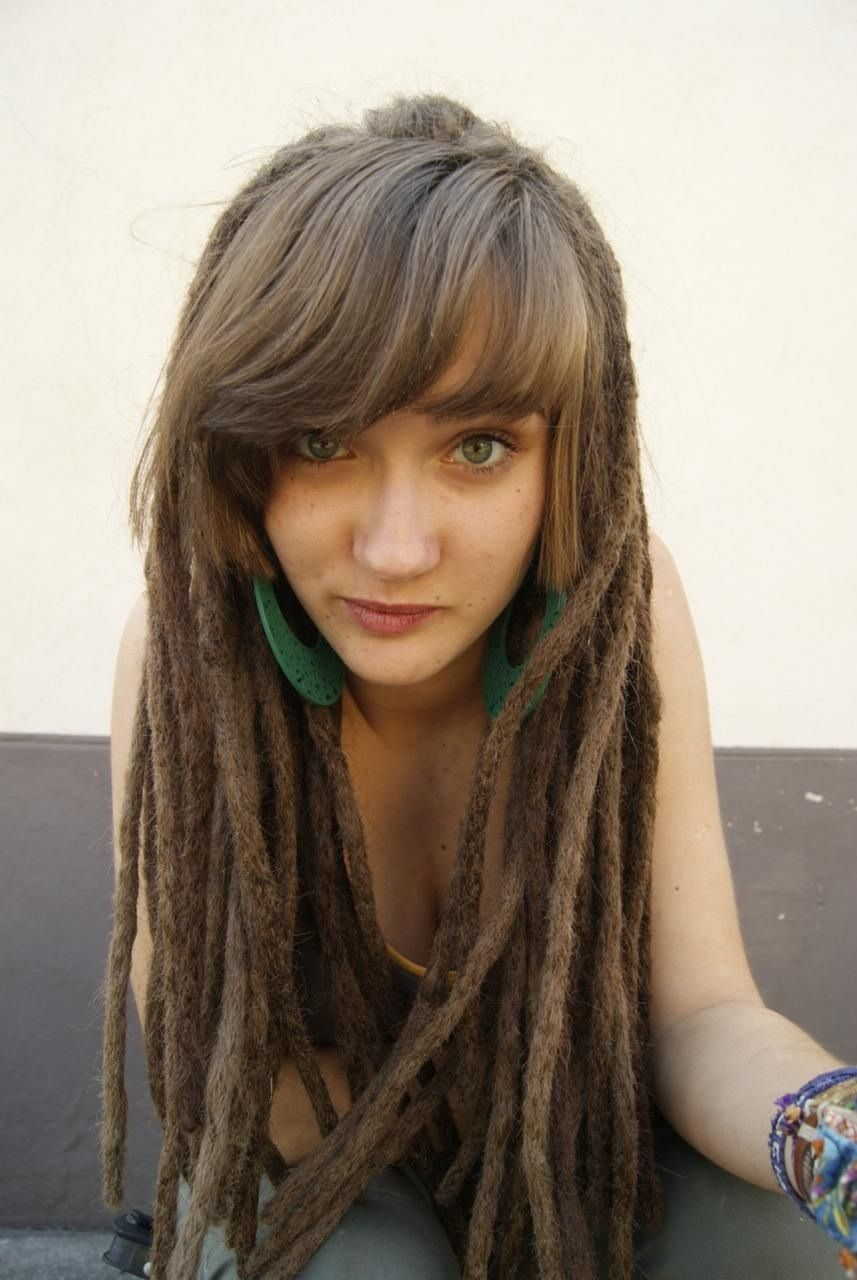 Épinglé sur White women with dreads
