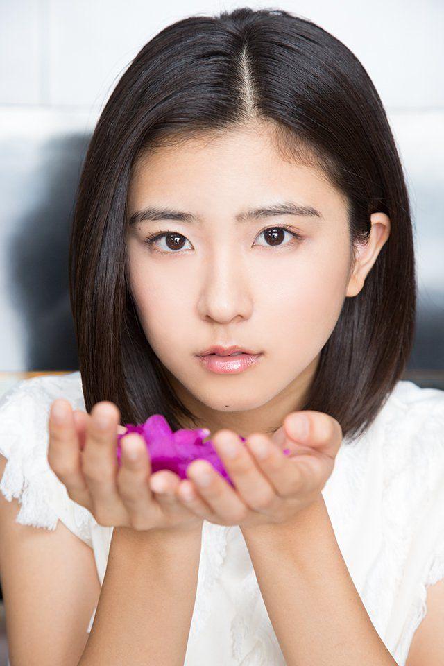 顔の肌がきれいな黒島結菜さん