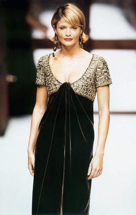 Pierre Balmain Haute Couture Fall/Winter 1994