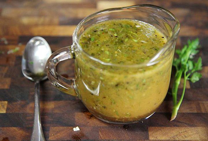 5 Receitas de molho caseiro para salada                                                                                                                                                      Mais