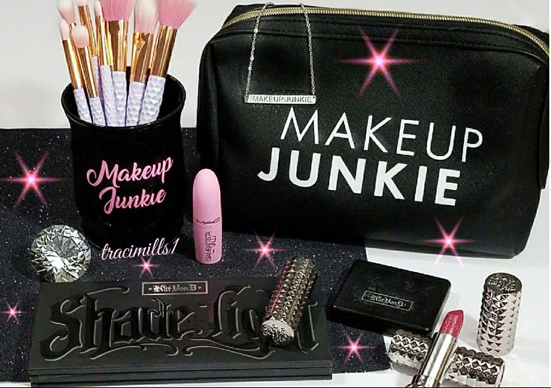 Makeup junkie Makeup brush holder brushholder