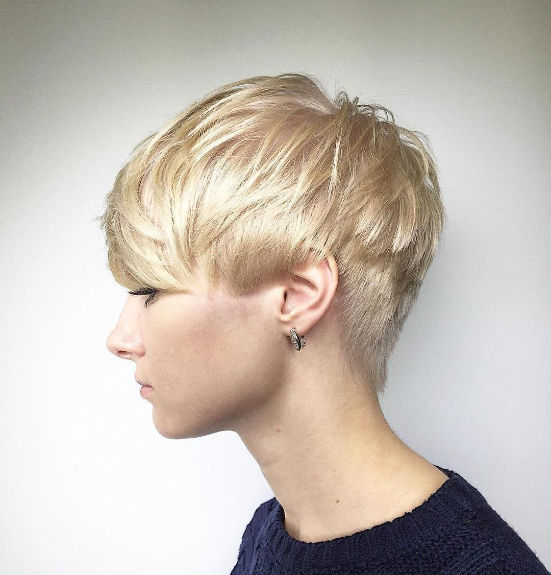 60 Short Shag Hairstyles That You Simply Cant Miss Pinterest