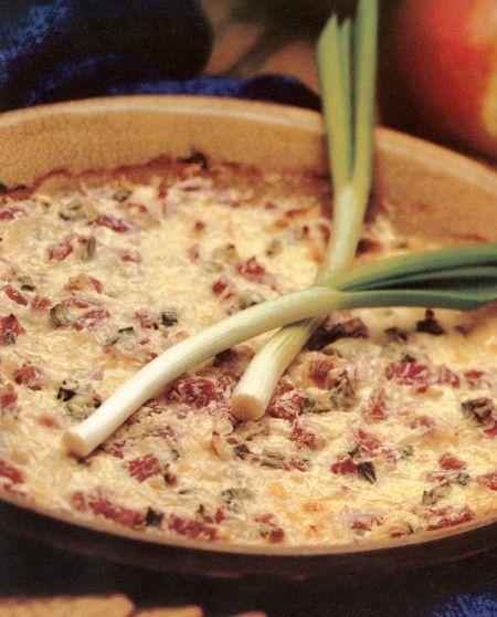 Ham and mozzarella dip. (Original recipe call for Swiss cheese - but mozzarella sounds SO much better!)