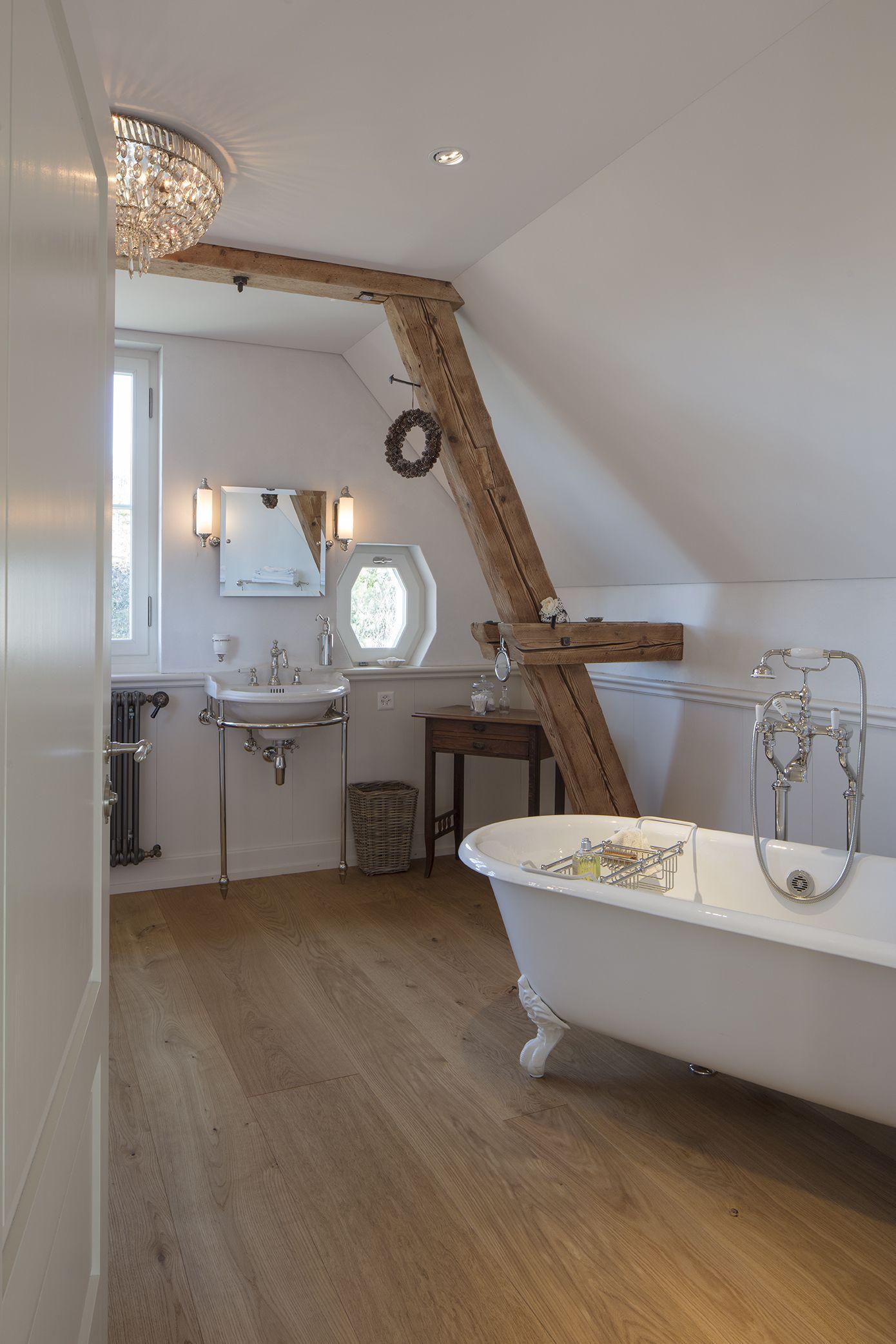 Pin auf Badezimmer im klassischen Landhausstil