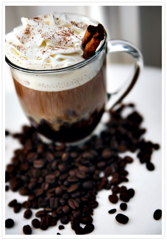 Kahlúa Café coffee, Kahlúa, whipped cream, milk chocolate