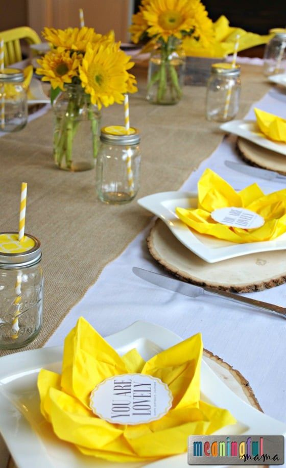 Flower Paper Napkin Folding with Sunflower Table Decorations #papernapkins