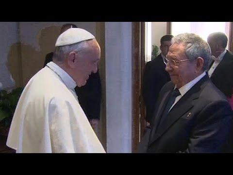 Castro visits Vatican, praises Pope Francis for brokering U.S. talks - YouTube