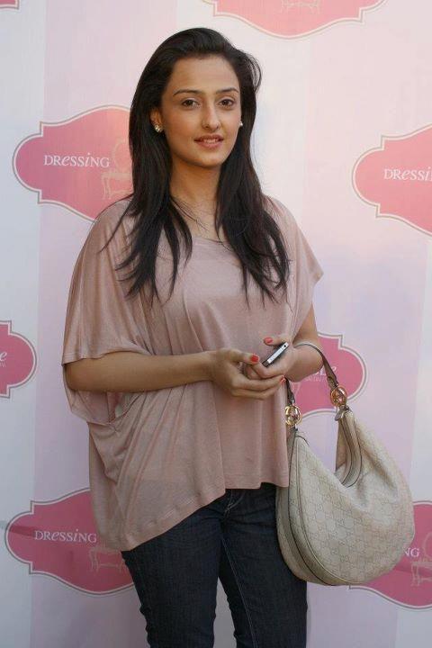 Momal Sheikh Women Bollywood Celebrities Pakistani Actress