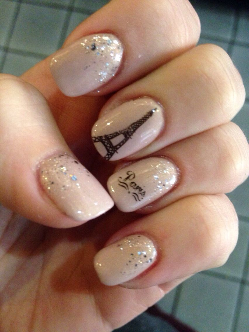 Paris for New Years Nail design of the Eiffel Tower | nails ...