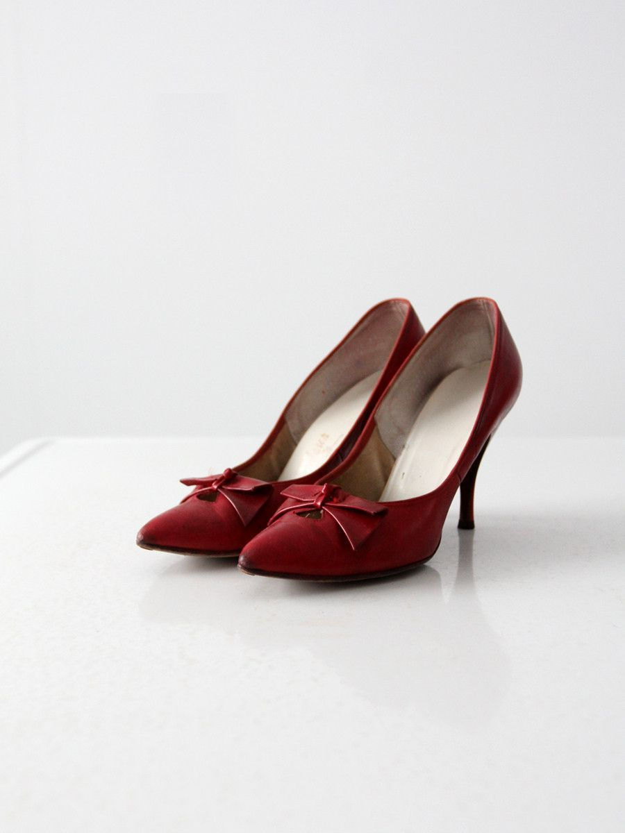 vintage 1960s red leather heels, size 7.5