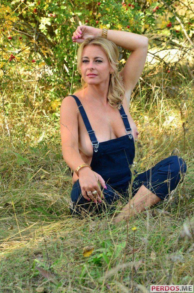Женщины фотографируются голенькими по просьбе мужа фото 325-912