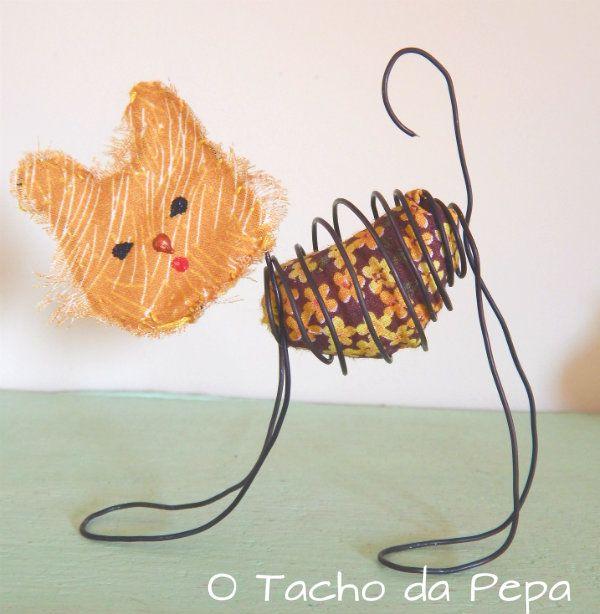 gato em arame/escultura em arame/ cat wire