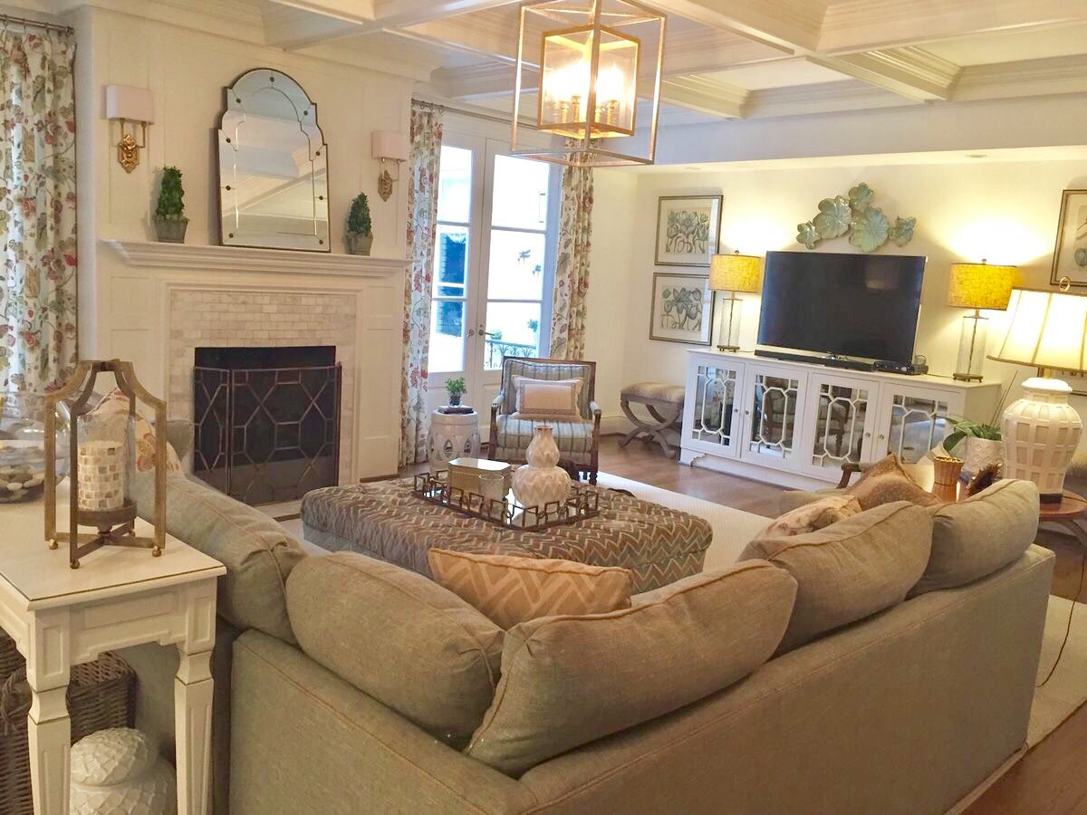 Living room with sectional | Family living rooms, Living ...