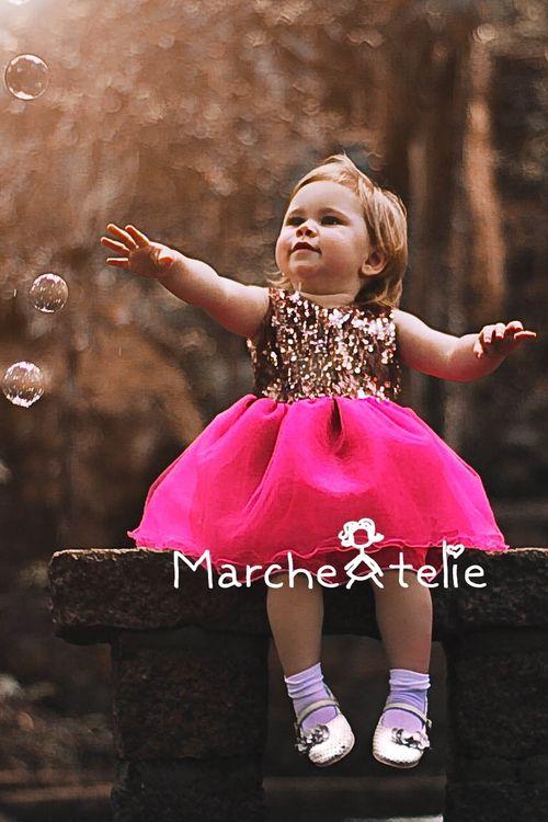 bdc62720c Vestido Infantil de Festa Princesa Luxo Paete Tutu Saia Rodada Brilho