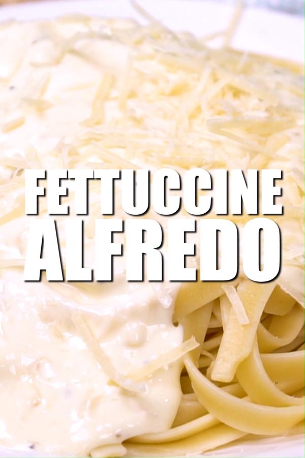 Fettuccine Alfredo (Olive Garden Copycat) - Tiffan