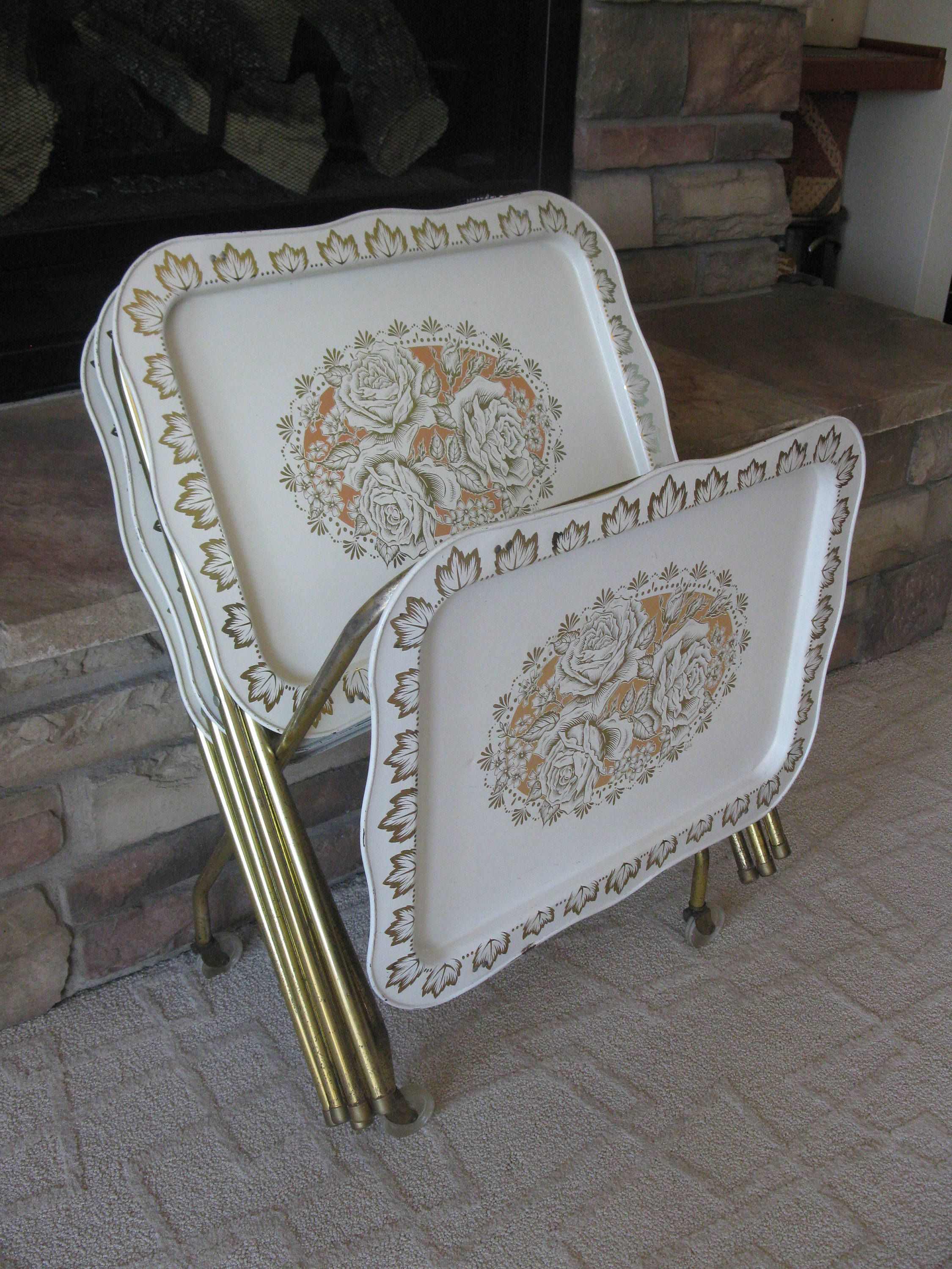 Lavada Set Of 4 Metal Tv Trays With Stand Shabby Chic Metallic