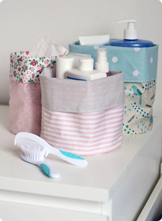 Organiser les affaires de bébé | Rangement tissu, Rangement bébé et Tuto vide poche