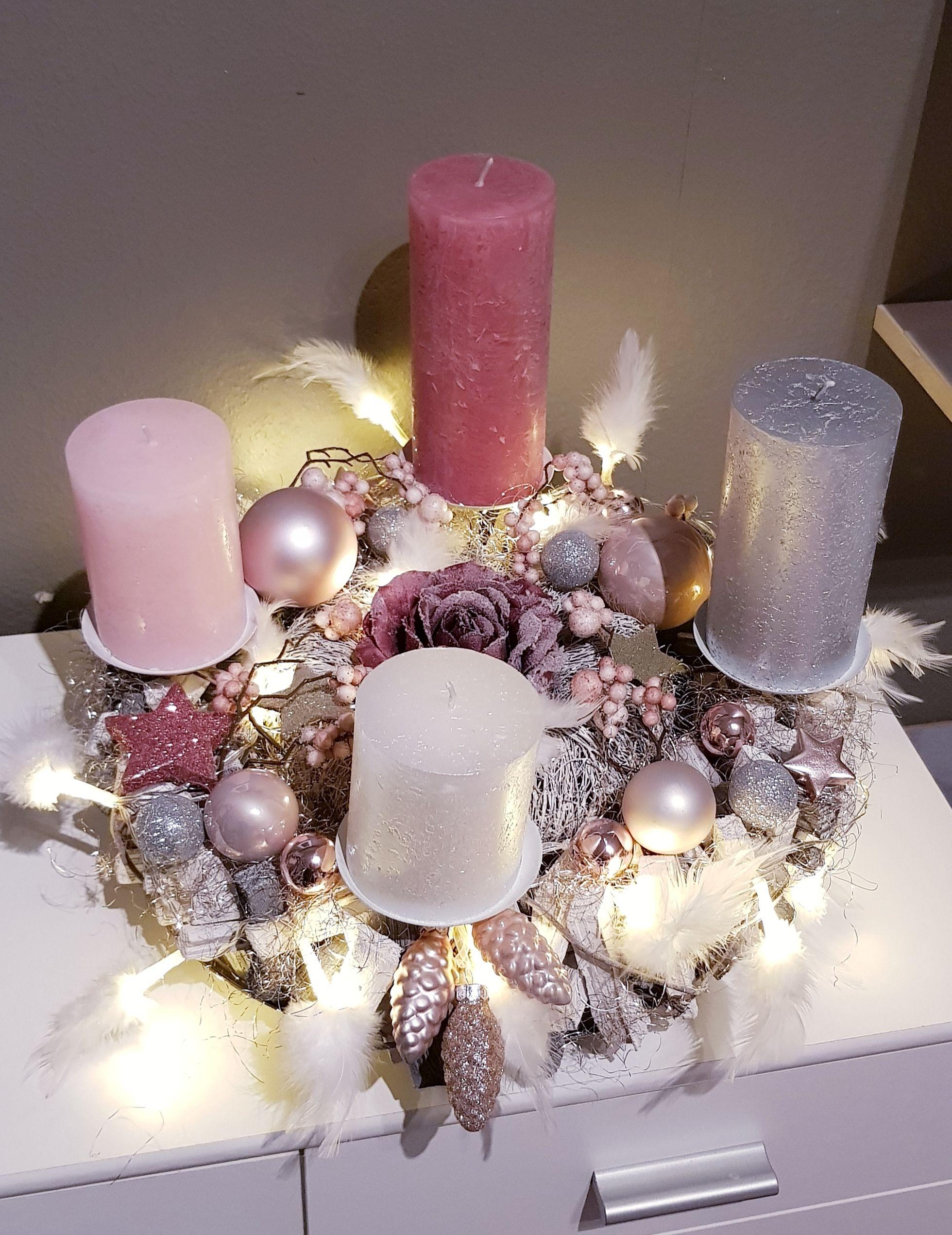 Adventsgesteck In Altrosa Rosa Und Silber Adventsgesteck Weihnachtsdeko Weihnachten
