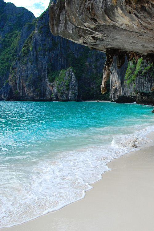 Praia da baía Maya, Tailândia.