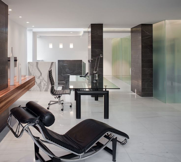 Tisch Modern Design lecorbusier liege lc4 tisch lc6 charleseames ea119 apartment