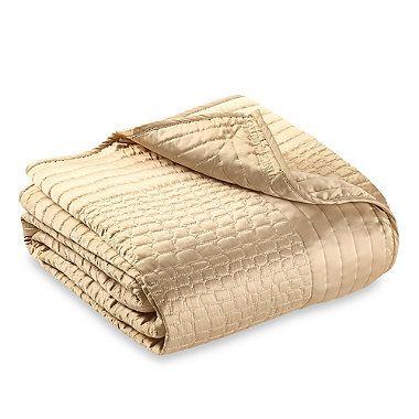 Vince Camuto Crocodile Coverlet in Gold - BedBathandBeyond.com