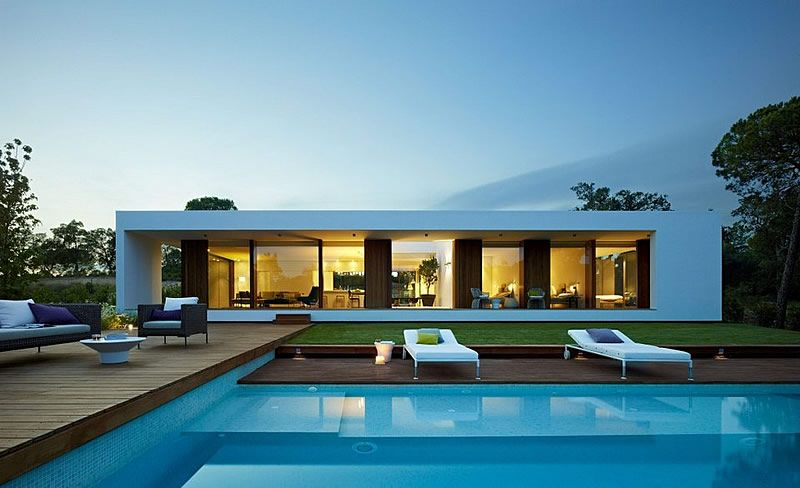 Ultra-modern villa for sale in design golf resort on the Costa Brava