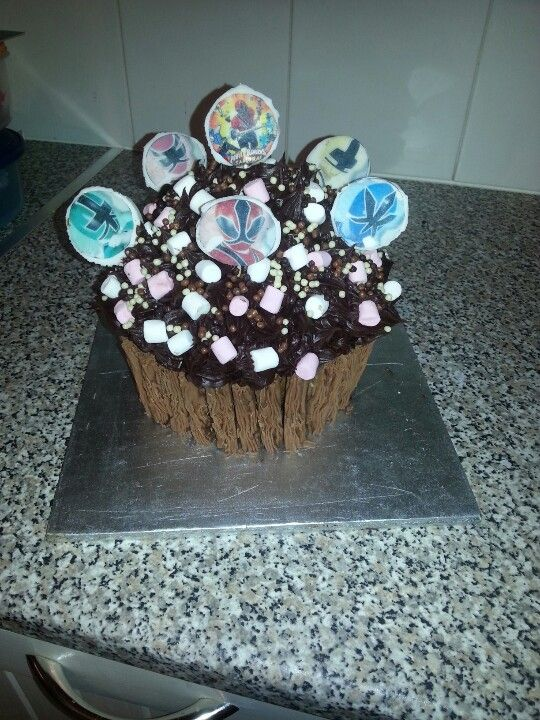 power ranger giant cupcake I made for my son Jamie's 4th birthday :)