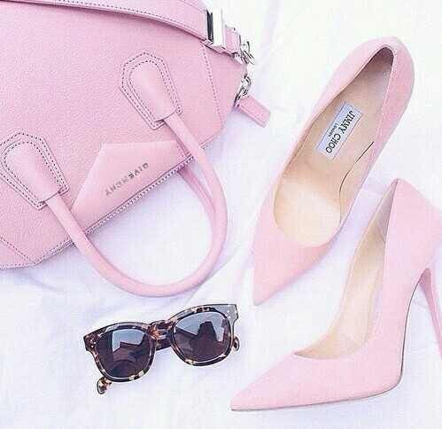 Image via We Heart It https://weheartit.com/entry/168561345 #bag #fashion #girly #glasses #heels #pink #tumblr #modernheels