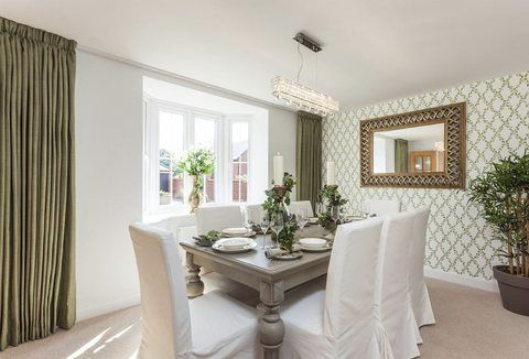 Gorgeous Dining Room In The West Midlands
