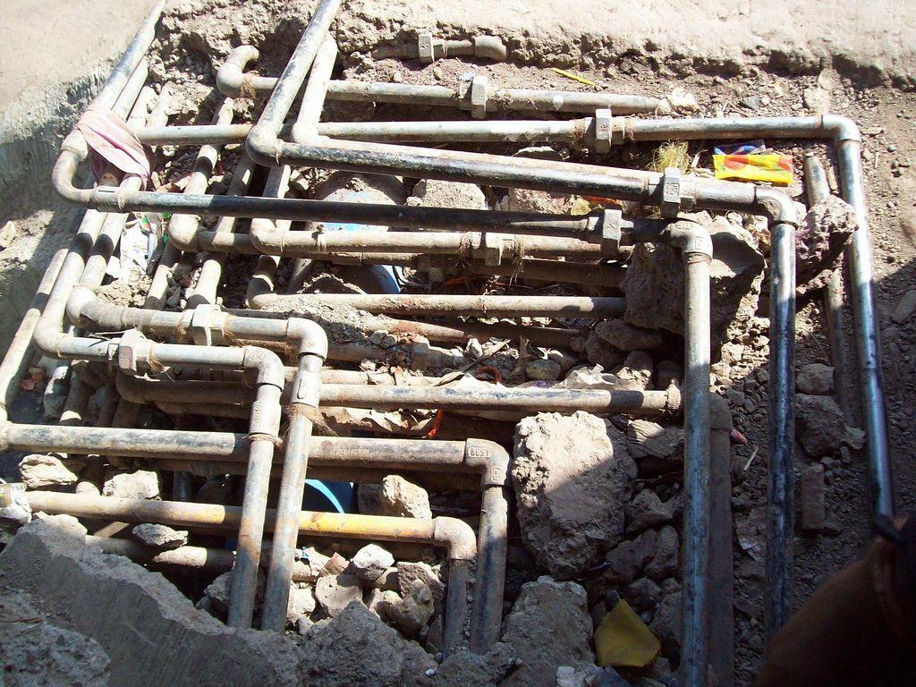 Dharavi Piping Order In Plumbing Urban Fabric Fresh Water Organized Chaos