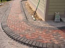 Resultado De Imagen Para Brick Paver Walkway Backyard Landscaping Outdoor Walkway Backyard