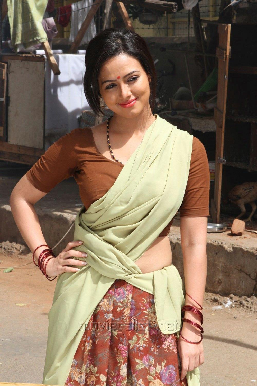 sanakhan Sana khan, Saree, South indian actress hot