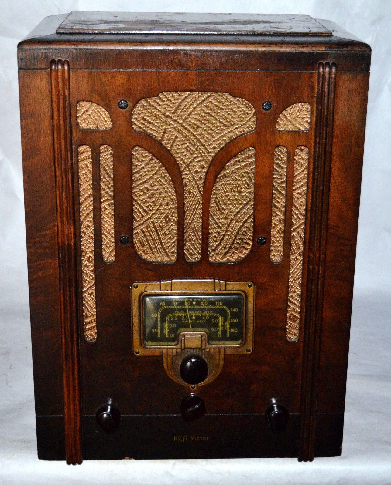 1936 DECO RCA Victor Radio model 5T Vintage wood classic Tombstone barn find https://t.co/fDRL660rxb https://t.co/GB4w8nYER3