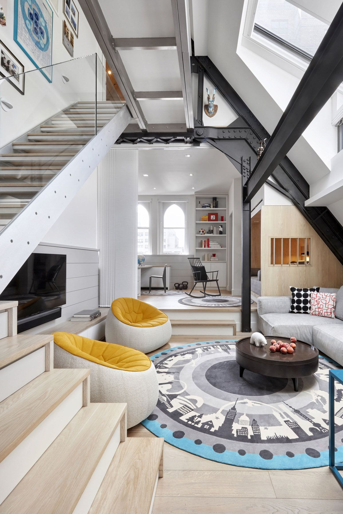 Room bright open living area shows off its steel framing in this 1100 sq ft condominium in manhattan 1200 x 1800