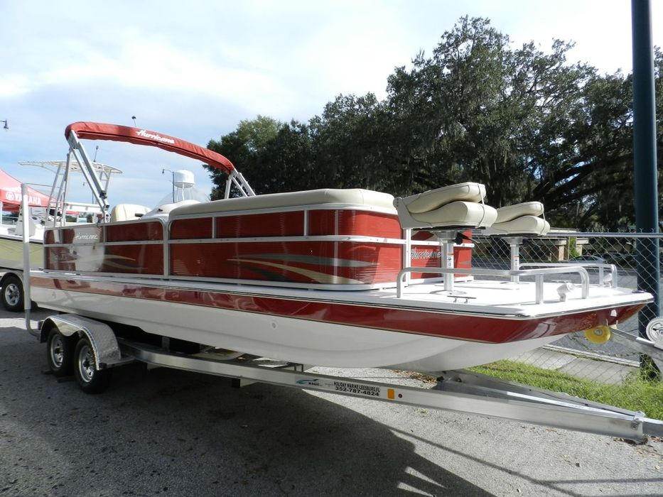 Hurricane Deck Boat FunDeck 226 REF For Sale Fish Cruise Play - Holiday Marine