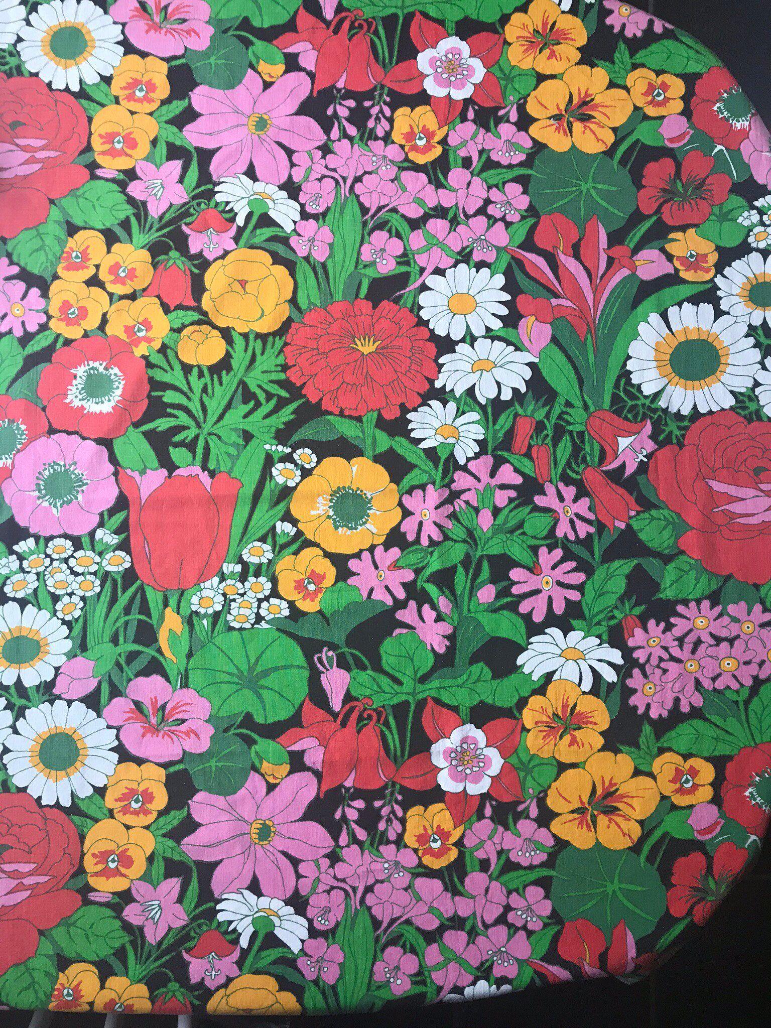 1970s Vintage Fabric Scandinavian Craft RETRO Design Colorful Flower