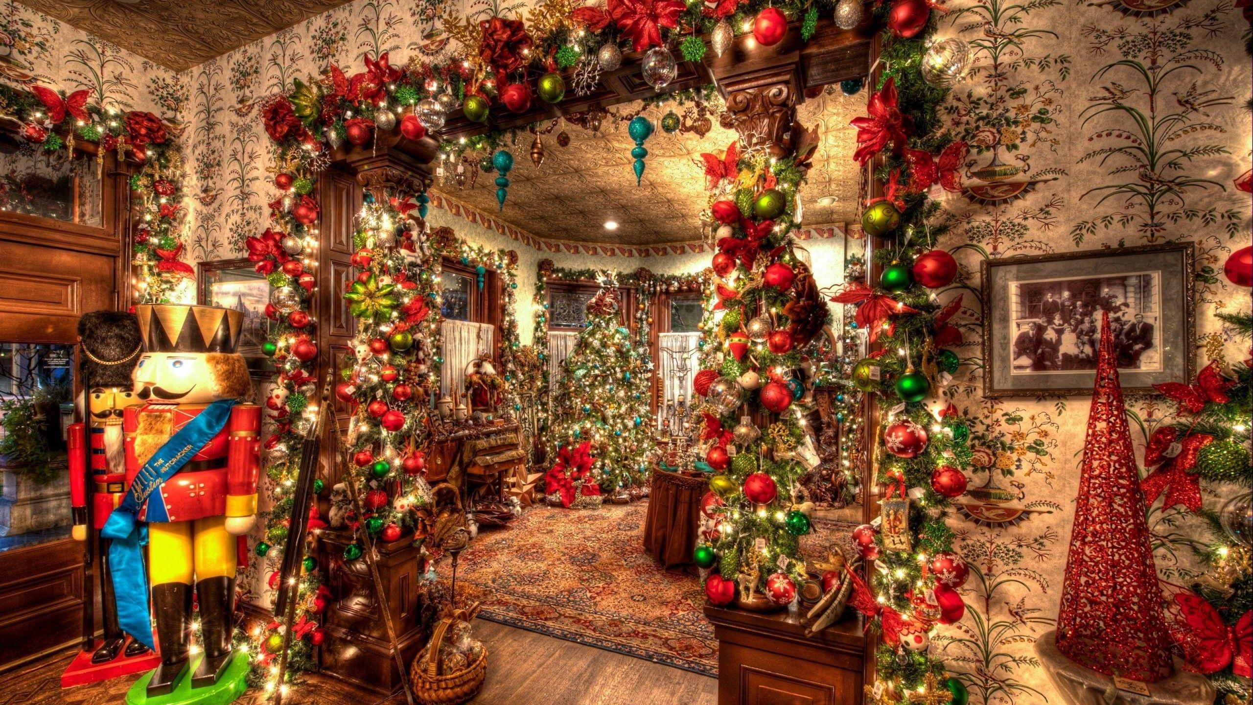 2560x1440 Christmas Tree Toys Wallpaper Christmas Decorations For The Home Christmas Wallpaper Christmas House Decorations Inside