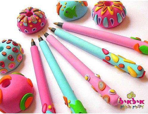 اشكال رائعه واكسسوارات من عجينة السيراميك Clay Pen Polymer Clay Crafts Polymer Clay Pens