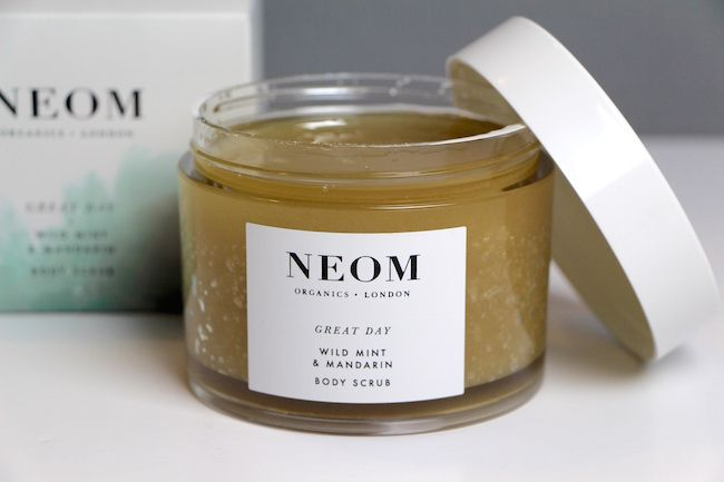 NEOM Body Scrub: It's Silent Sexy-Dance Time.