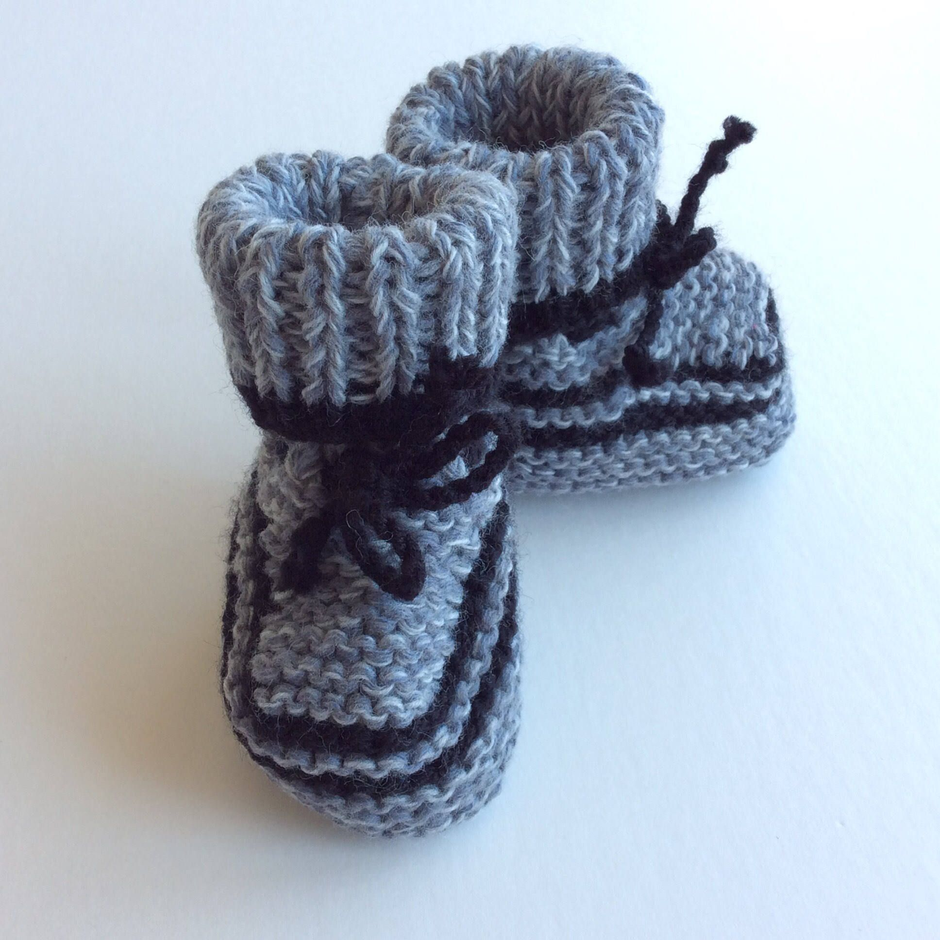 hand knitted baby booties uni baby clothes baby boy clothes