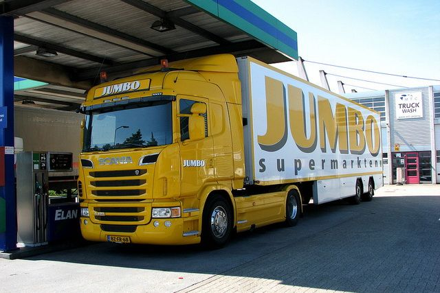 The criminals chose Jumbo supermarket chain as a target