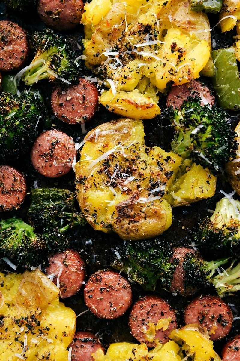 PAN Italian Sausage, Roasted Veggies, and Crispy Garlic Parmesan Smashed Potatoes! SHEET PAN Italia
