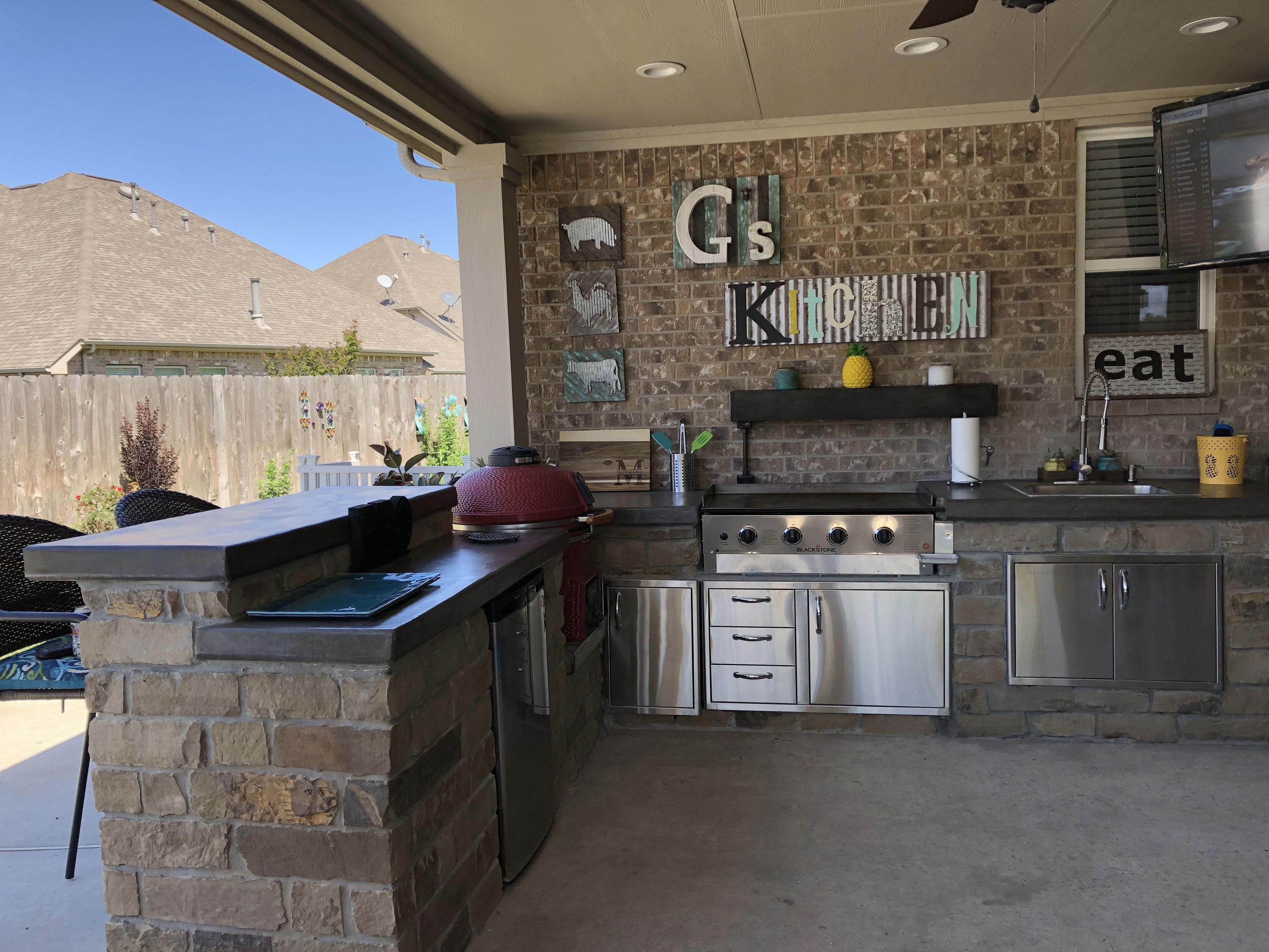 Acquire Wonderful Ideas On Outdoor Kitchen Designs They Are Actually Available For You On Our S Outdoor Kitchen Design Outdoor Kitchen Outdoor Kitchen Patio