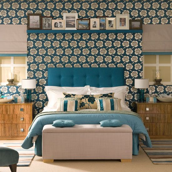 How to create a feature wall in a bedroom is part of Cosy bedroom Wallpaper - If you are thinking of creating a feature wall in a bedroom, it is best to use the wall that is unbroken, ie, that it doesn't have any windows or doors interrupting its flow and place the bed…