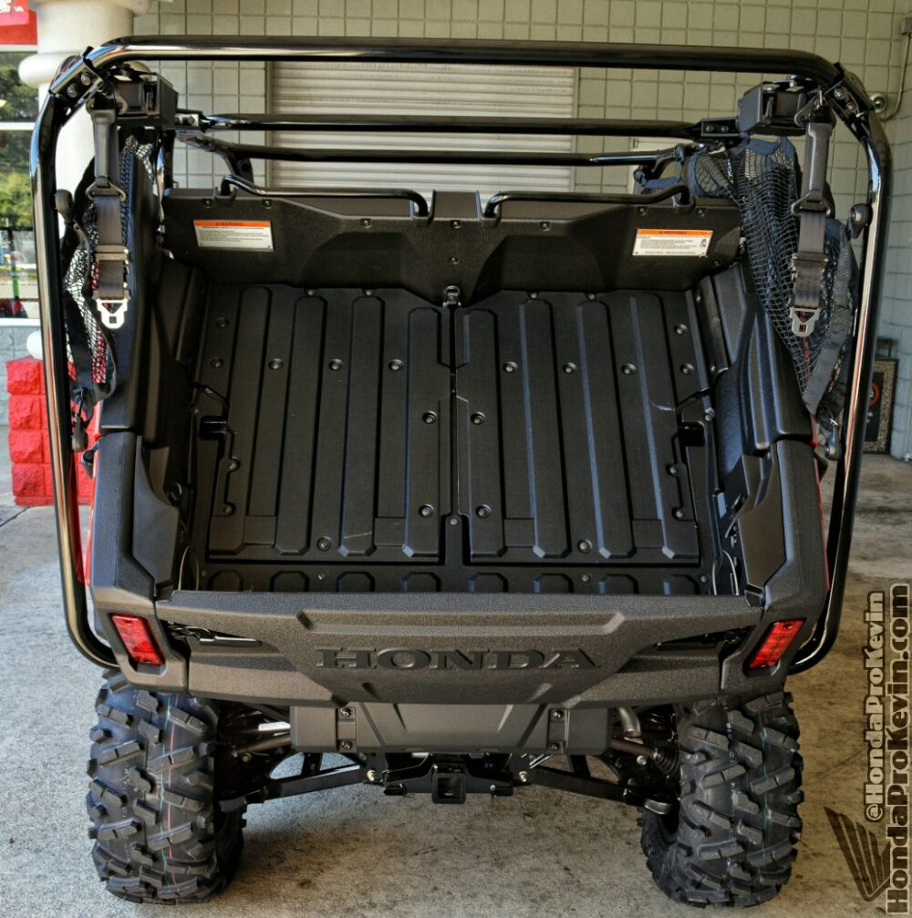 first ride review 2016 pioneer 1000 5 deluxe honda utility vehicle sxs side by side atv. Black Bedroom Furniture Sets. Home Design Ideas