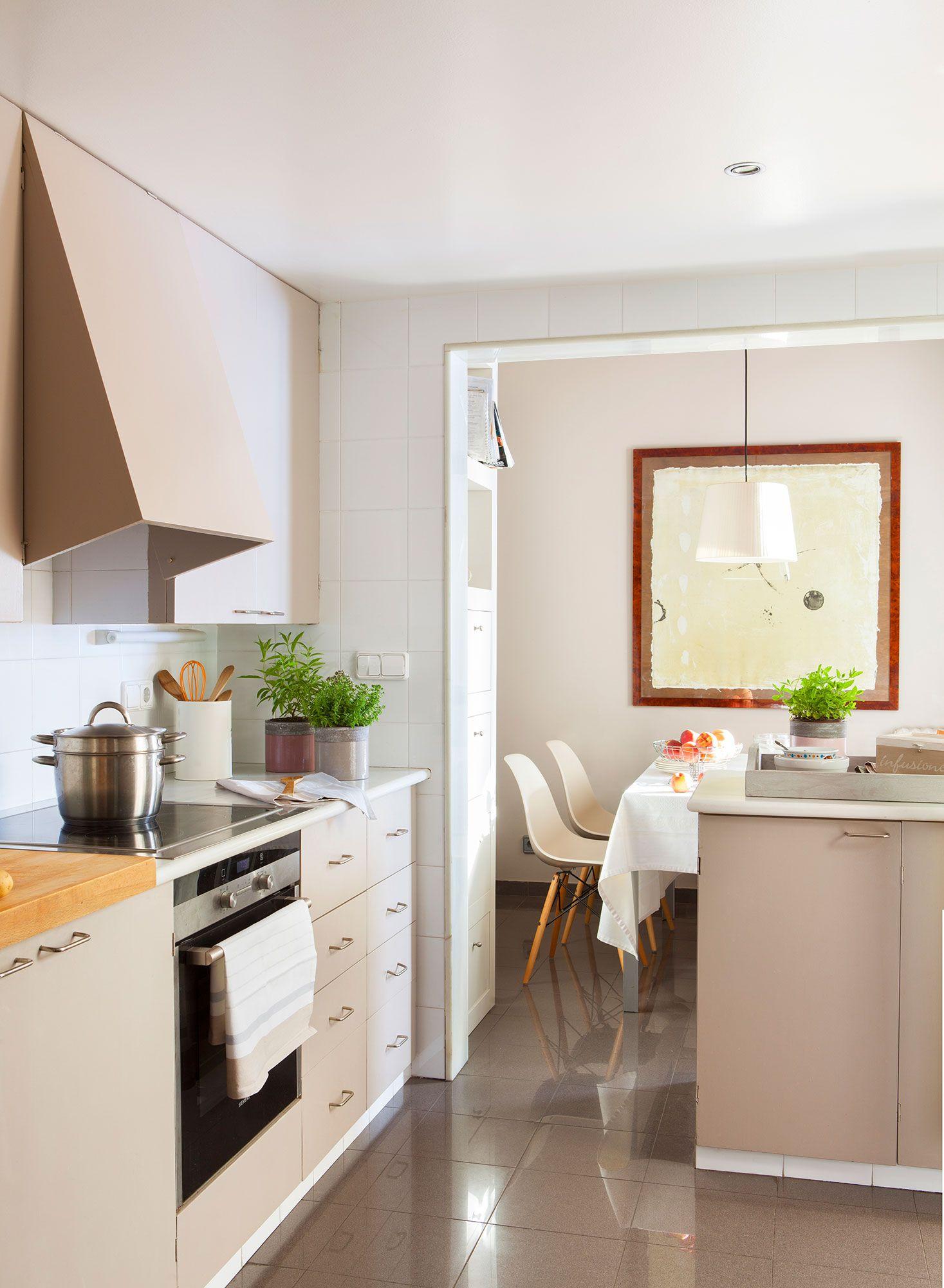 Renovar la cocina sin obras 10 reformas low cost for Cocina sin azulejos