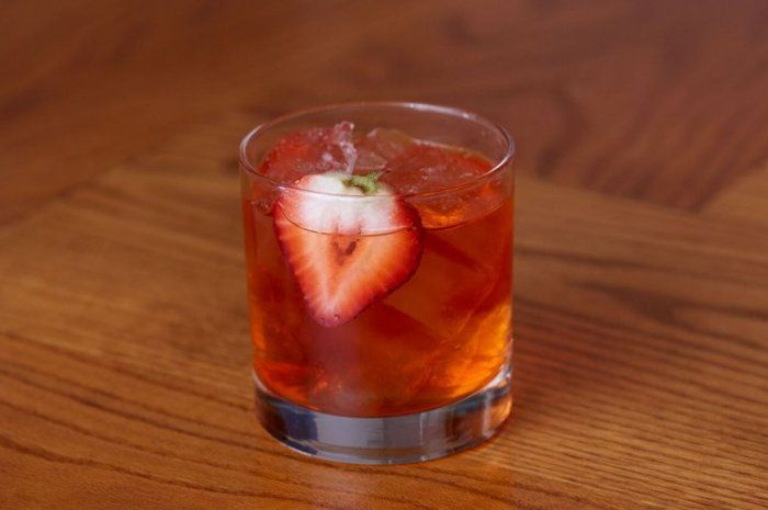 10 Cocktails To Savor On World Gin Day Strawberry Cocktails