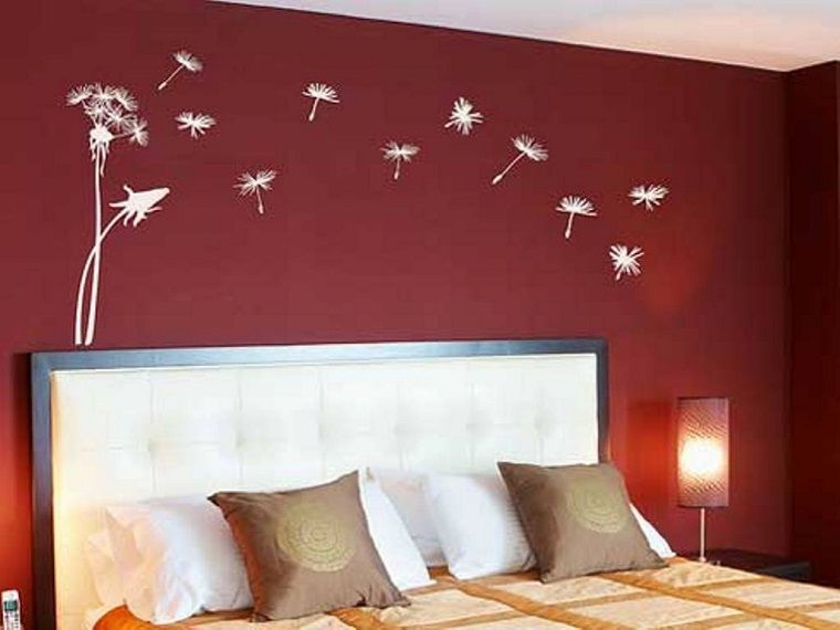 Colore pareti camera da letto bordeaux decorazioni idee - Decorazioni camera da letto ...