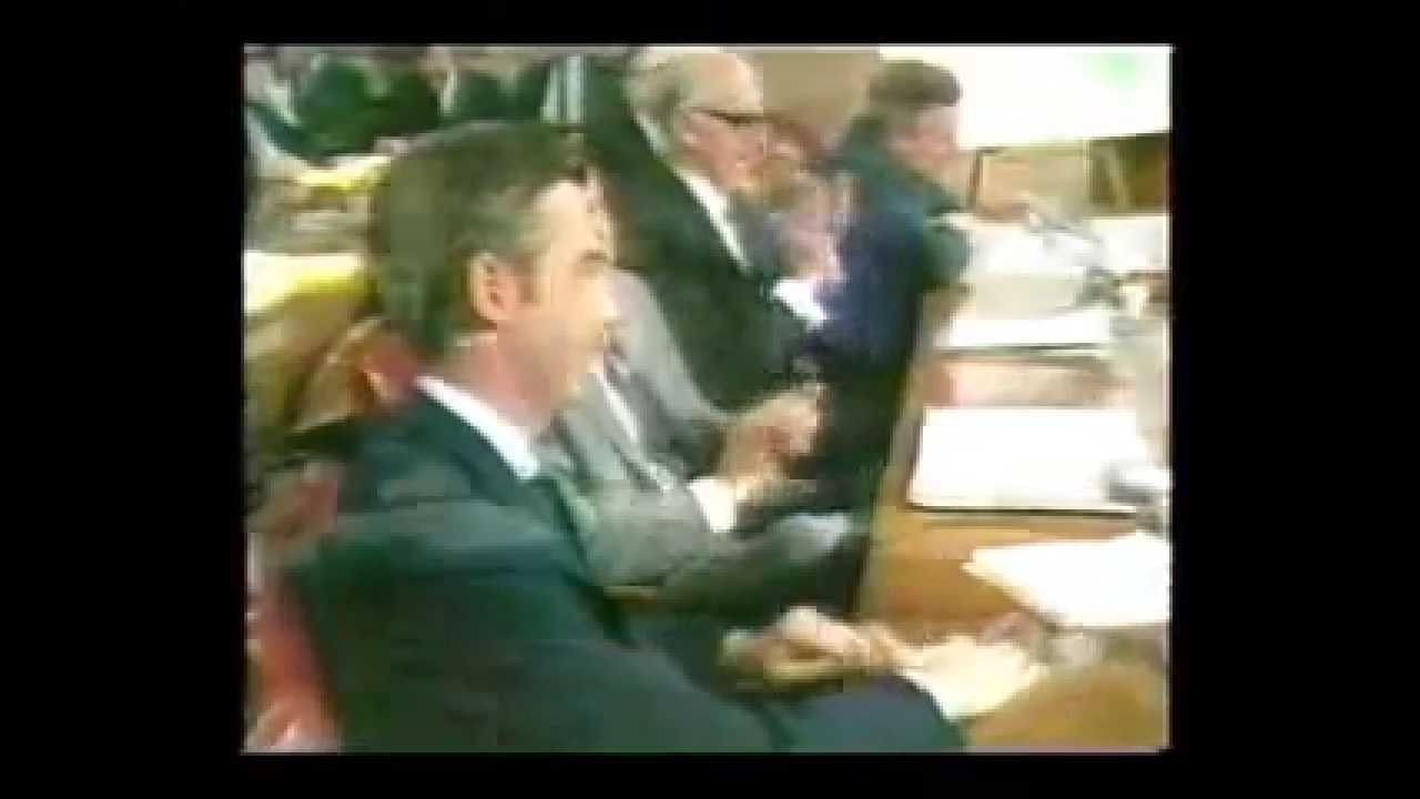 In 1969 Fred Rogers Appeared Before The United States Senate Subcommittee On Communications His Goal Was To Support Fun United States Senate Us Senate Senate