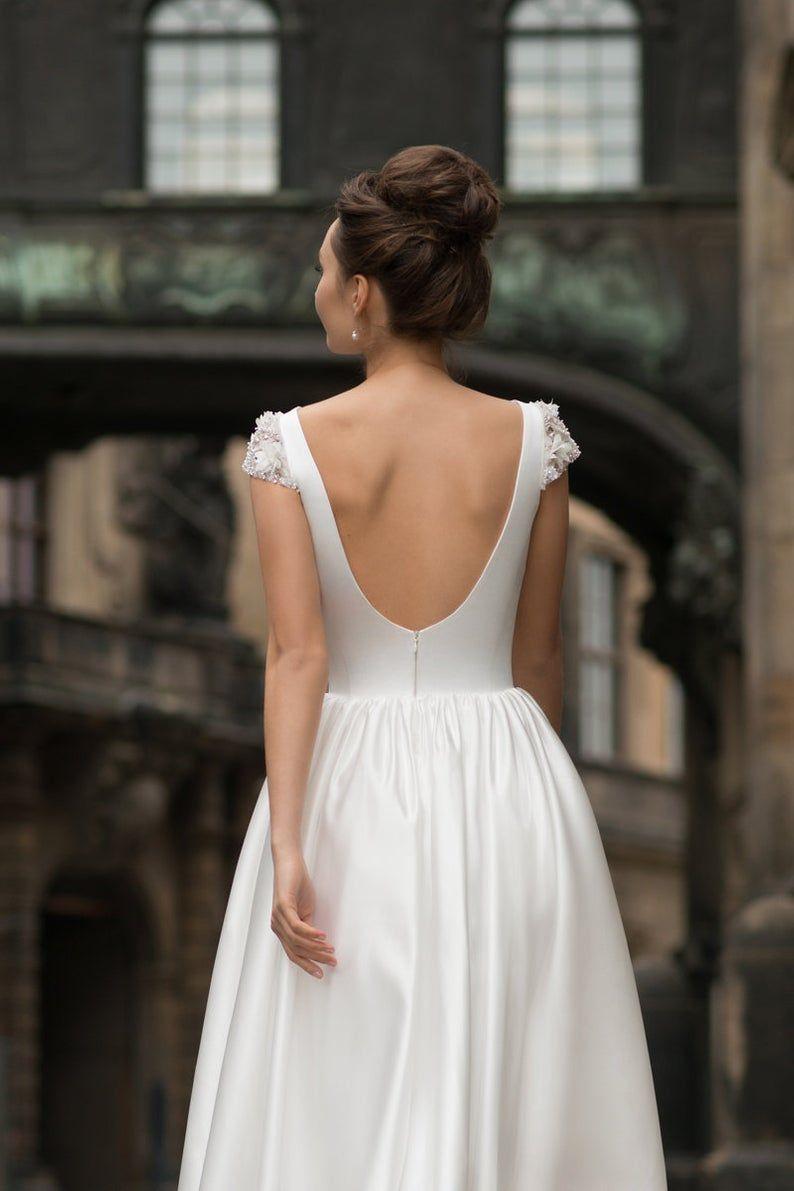 Short midi long wedding dress sleeves satin modern sexy simple embroidered open back wedding gown boho ivory bohemian beach light elegant #zivilhochzeitskleider